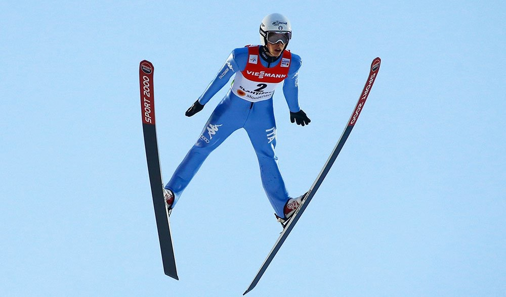 alex insam, saltatore italiano nel volo da record di 217,5 metri