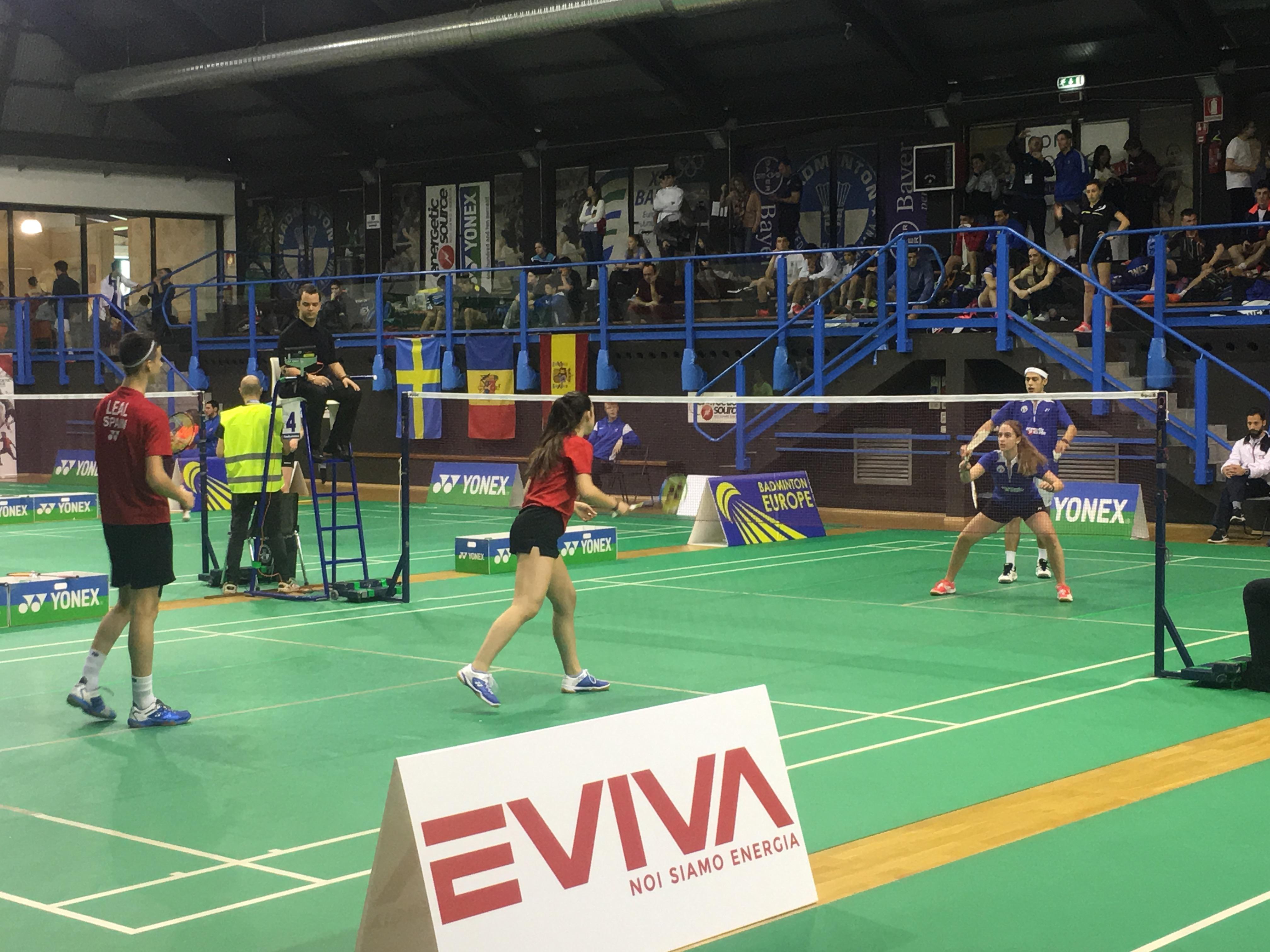 Chiara Passeri ed Enrico Baroni (in maglia azzurra) durante la sfida contro gli spagnoli Alvaro e Claudia Leal agli l'Italian Junior 2017