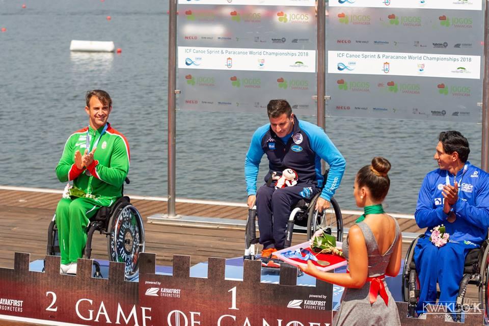 Esteban Farias Campione del Mondo (photo credit: Pagina Facebook Paracanoa)