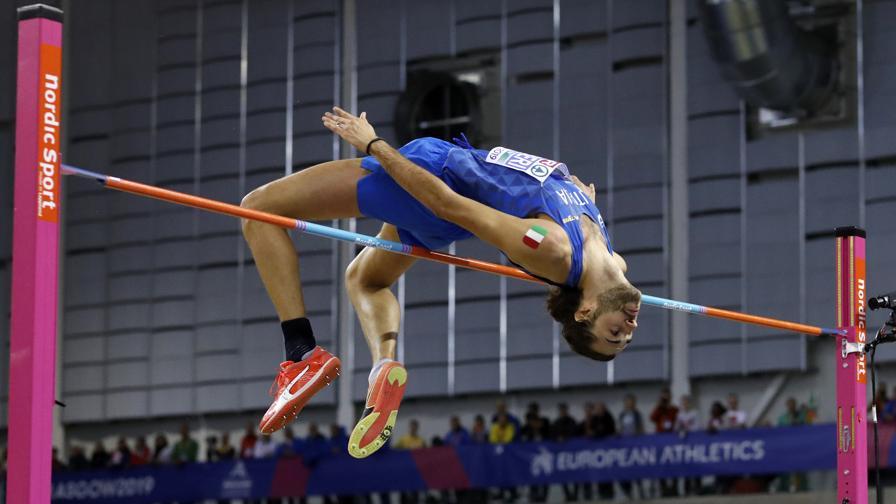 atletica leggera gianmarco tamberi salto in alto high jump gimbo athletics half shaved italia italy