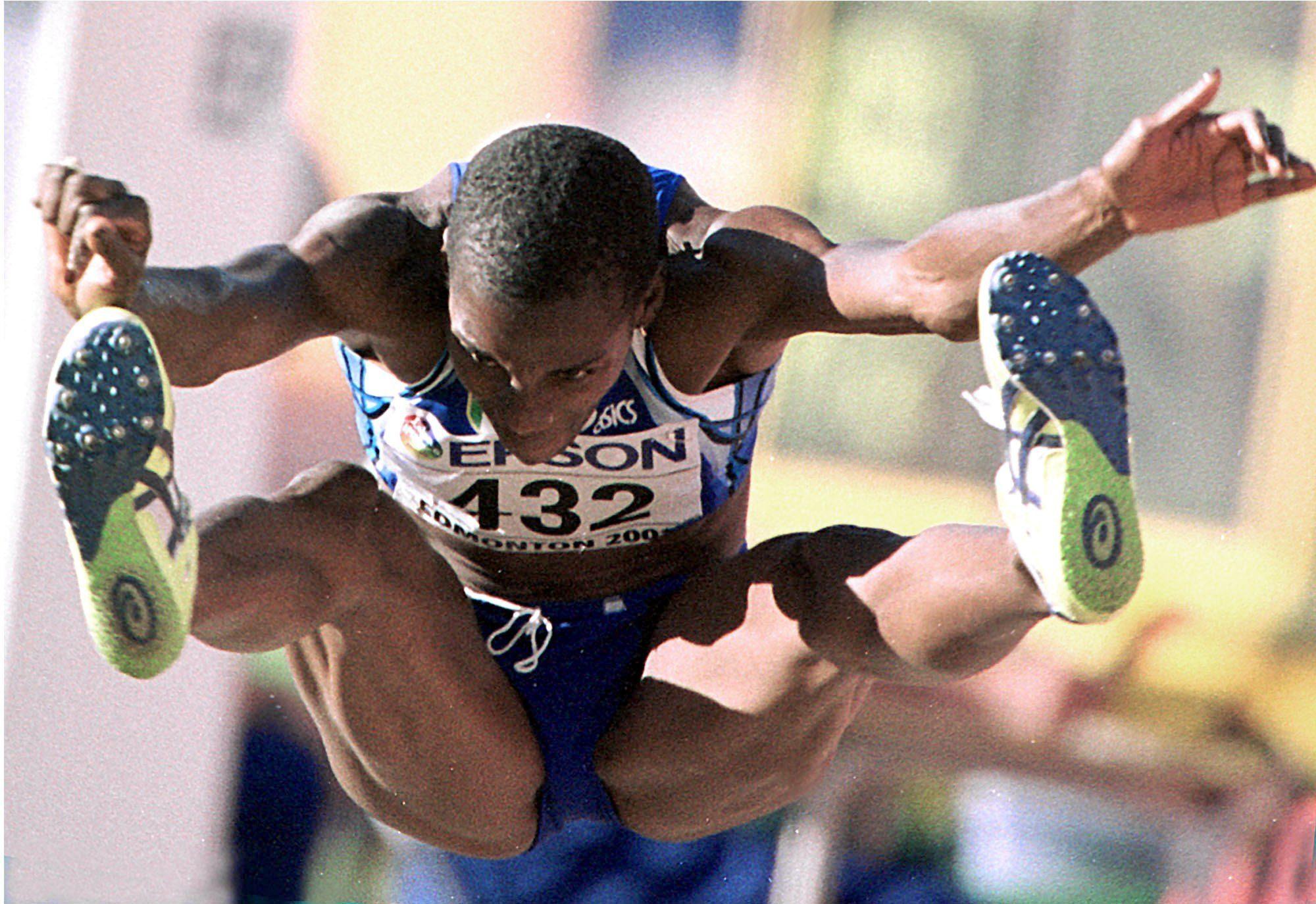 atletica leggera fiona may salto in lungo italia italy atletica leggera athletics long jump atlanta 1996 sydney 2000 argento silver