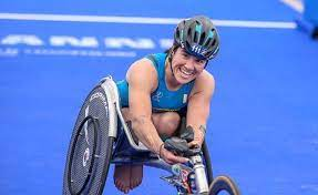 paratriathlon coppa del mondo 2021 besançon rita cuccuru italia triathlon paralimpico primo posto italia italy first place world triathlon para cup 2021 france
