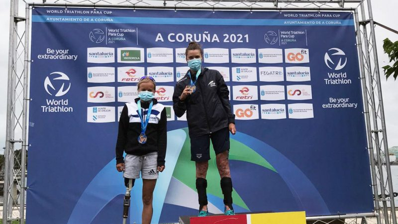 paratriathlon coppa del mondo 2021 la coruna veronica yoko plebani oro prima triathlon paralimpico paralympics rita cuccuru bronzo terza world paratriathlon cup