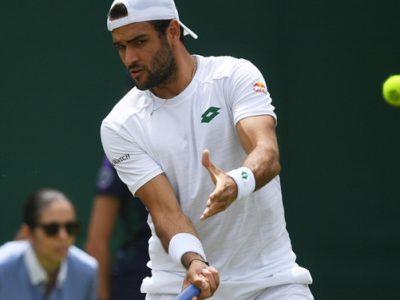Matteo Berrettini in azione a Wimbledon 2021