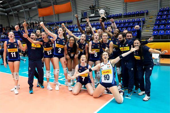 Volley Femminile U20, Finale Campionati Mondiali: Italia vs. Serbia 3-0 (25-18, 25-20, 25-23) FONTE: facebook.com/FederazioneItalianaPallavolo